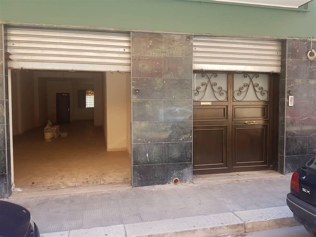 Immobile Commerciale in vendita a Barletta, 4 locali, zona Località: BARBERINI, prezzo € 110.000 | PortaleAgenzieImmobiliari.it