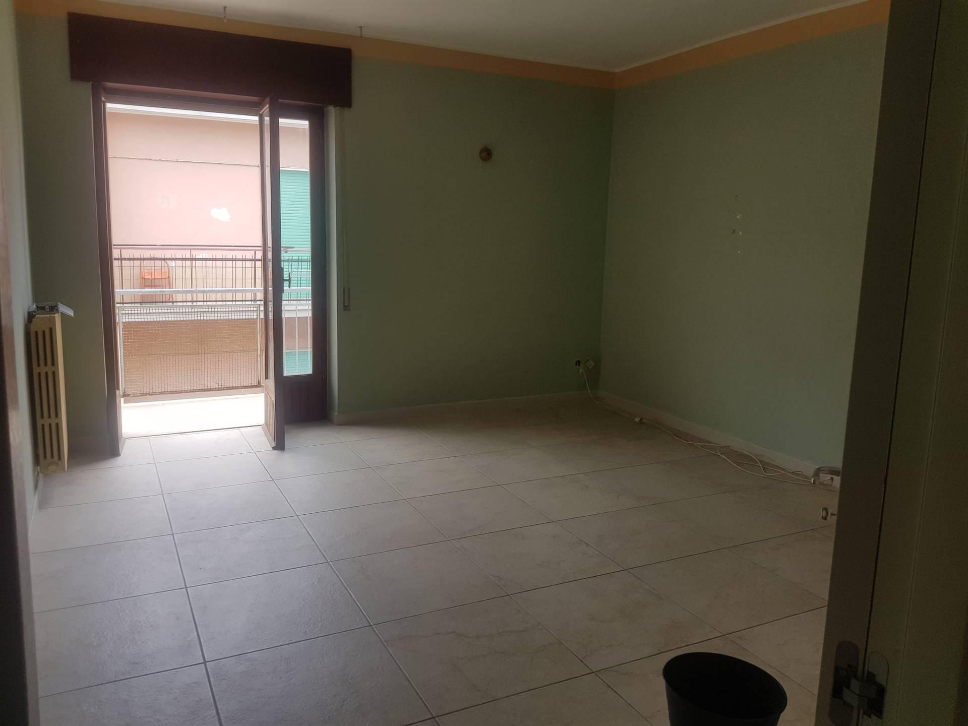 Appartamento in vendita a Barletta, 3 locali, zona Località: BARBERINI, prezzo € 100.000 | CambioCasa.it