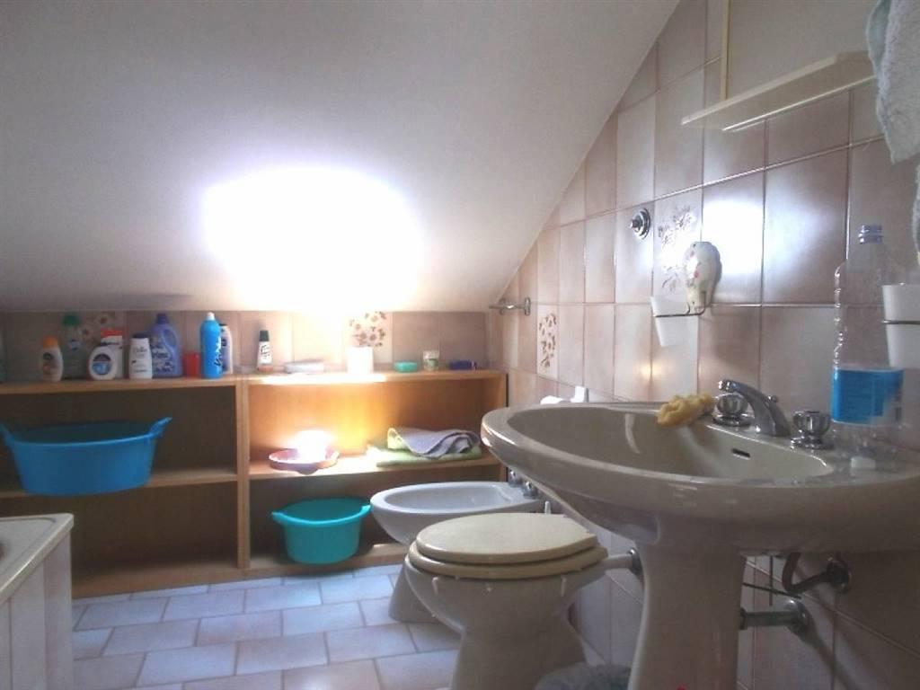 bagno piano secondo/2nd floor bathroom