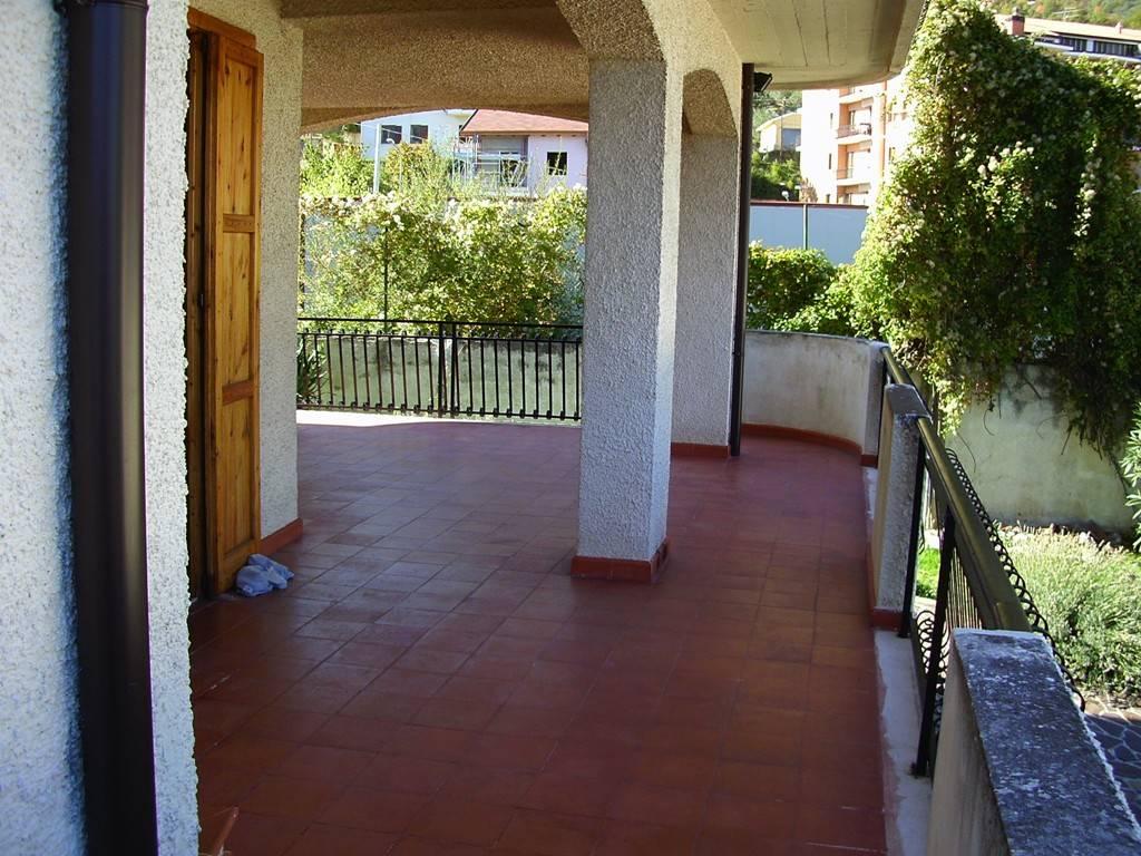 Portico p.t./ground floor portico