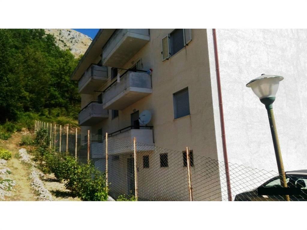 Esterno condominio/External condominium view