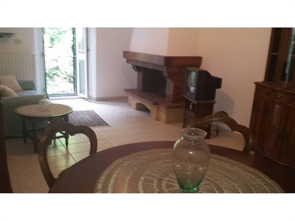 Soggiorno sala da pranzo/dining and living room