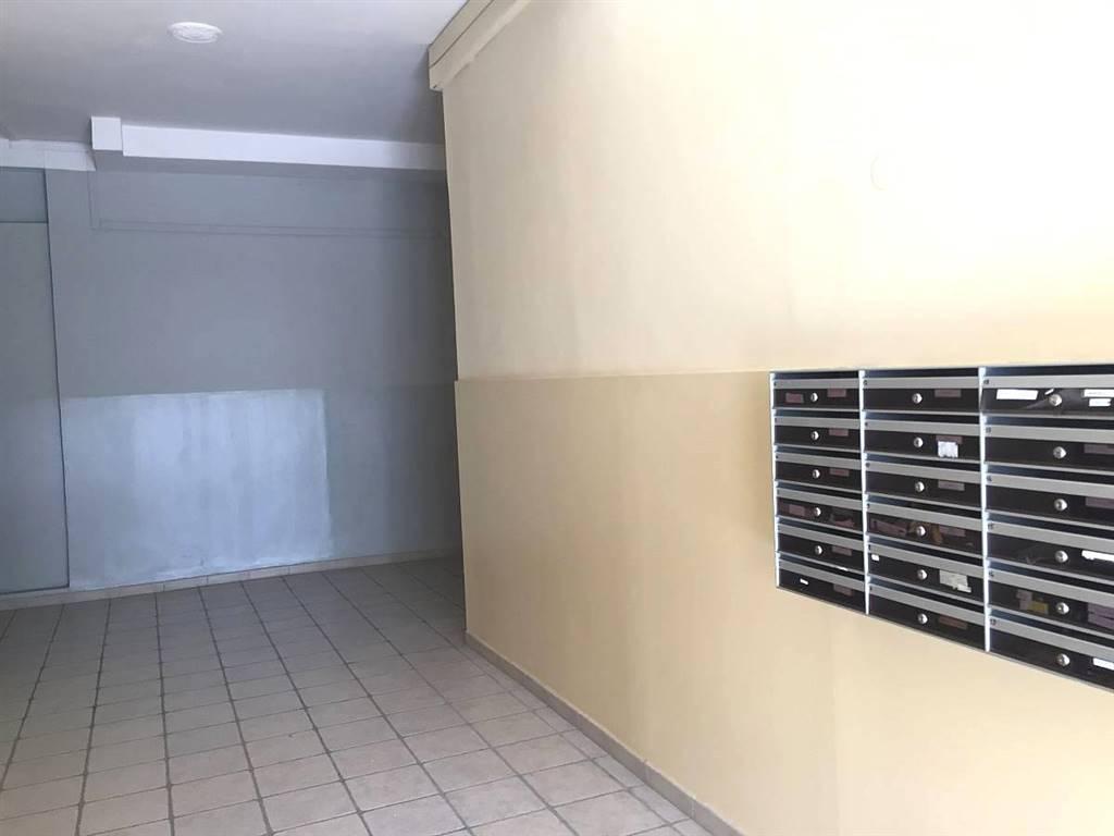 Androne condominio/condominium entrance