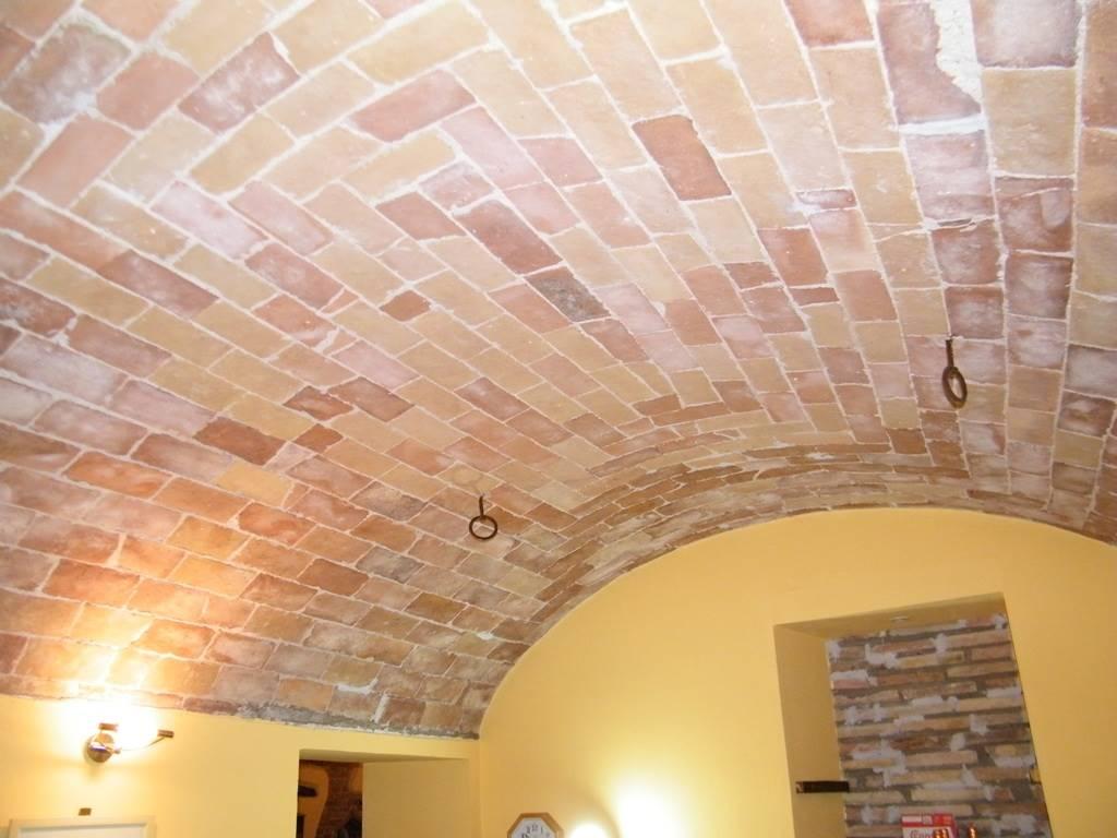 Dettaglio volta/vaulted ceiling detail