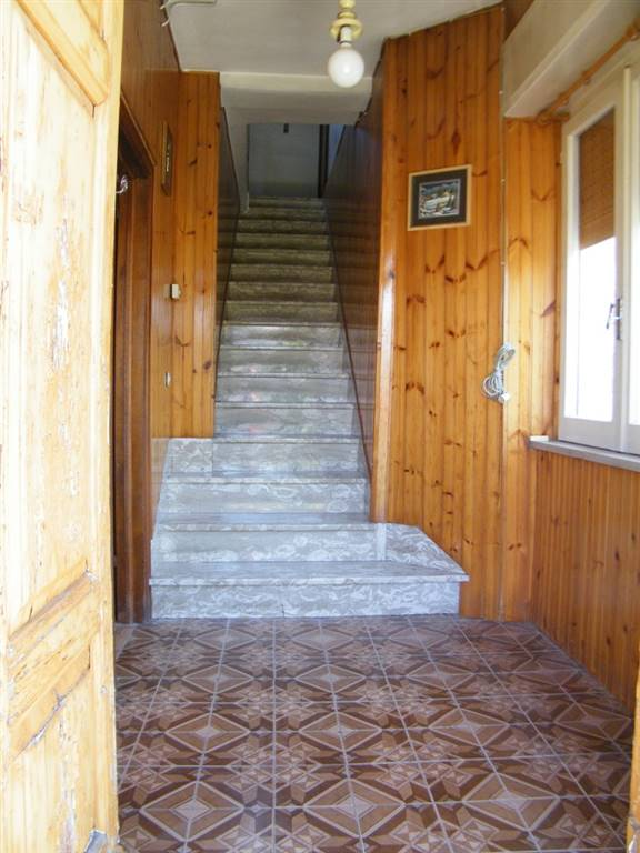 Ingresso piano terra/ground floor entrance