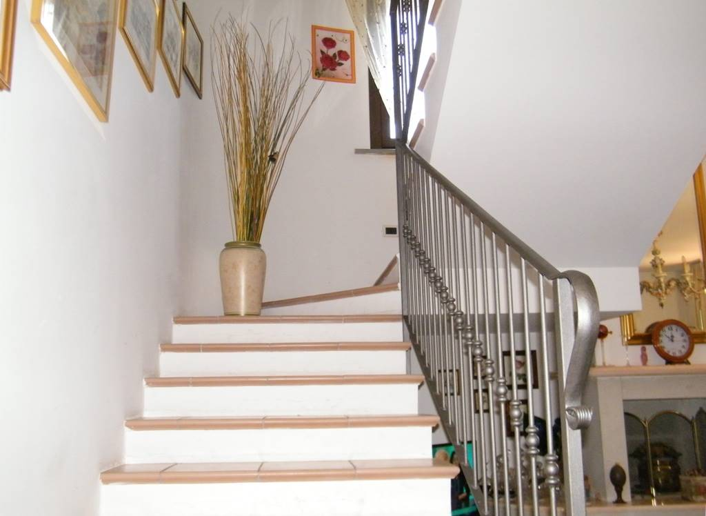 Scalinata interna/internal staircase