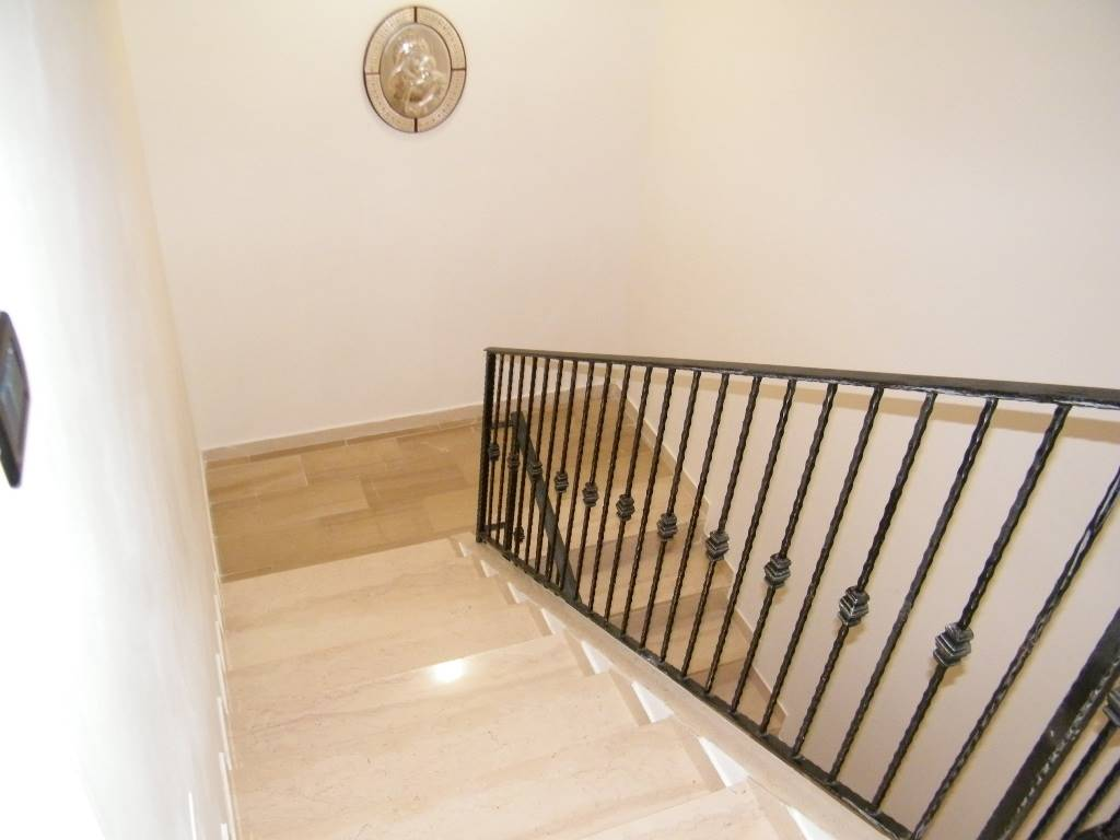 vano scale/stair case