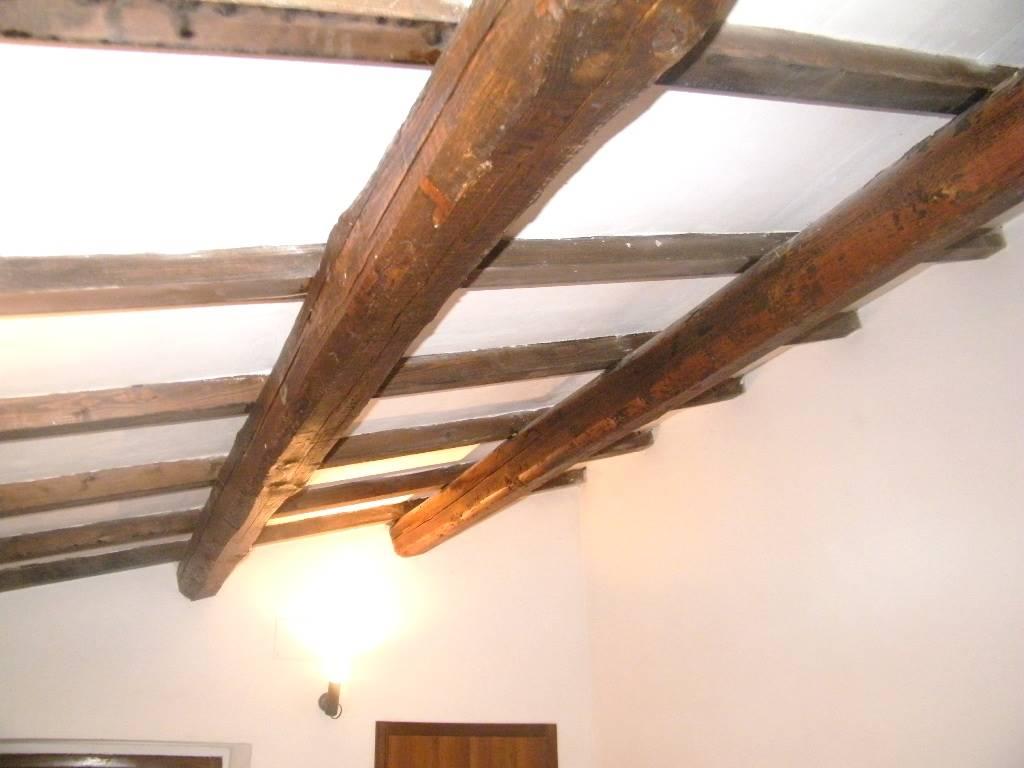 Dettaglio travi/ceiling detail