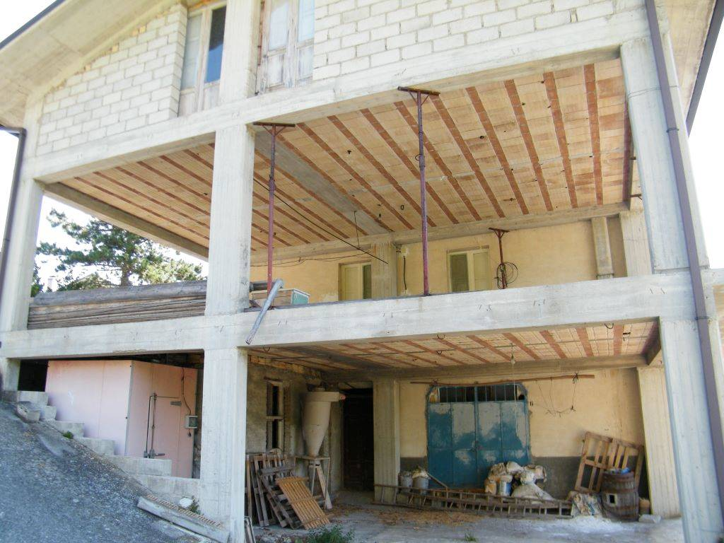 Vista esterna porzione in costruzione