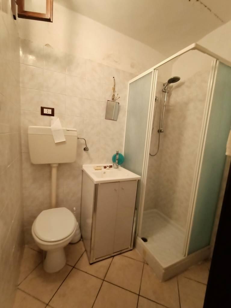 bagno piano terra ground floor bathroom