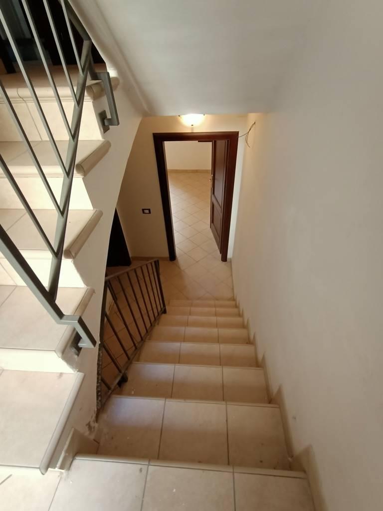 scalinata al piano terra stairs to ground floor