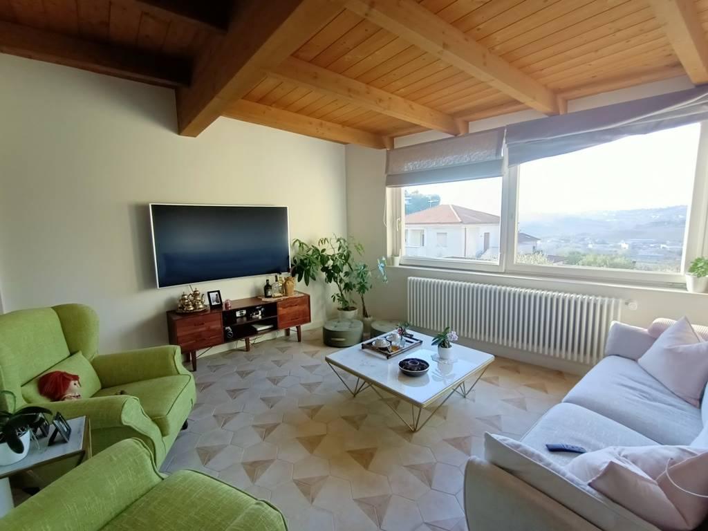 soggiorno piano 1° 1st floor living room