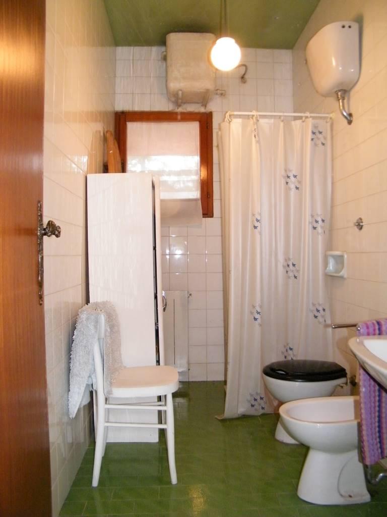 bagno p1° 1st floor bathroom