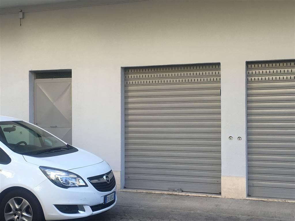 Vendita quadrilocale via montana via panebianco cosenza for Garage autonomo