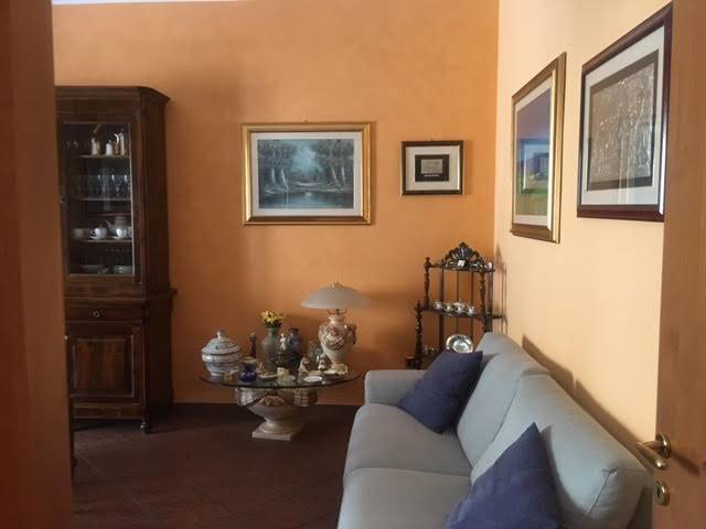 REPUBBLICA, COSENZA, Apartment for sale of 90 Sq. mt., Restored, Heating Individual heating system, Energetic class: G, placed at 2° on 3, composed