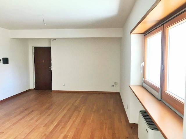 VIA PANEBIANCO, COSENZA, Apartment for sale of 112 Sq. mt., New construction, Heating Individual heating system, Energetic class: A+, placed at 2°,