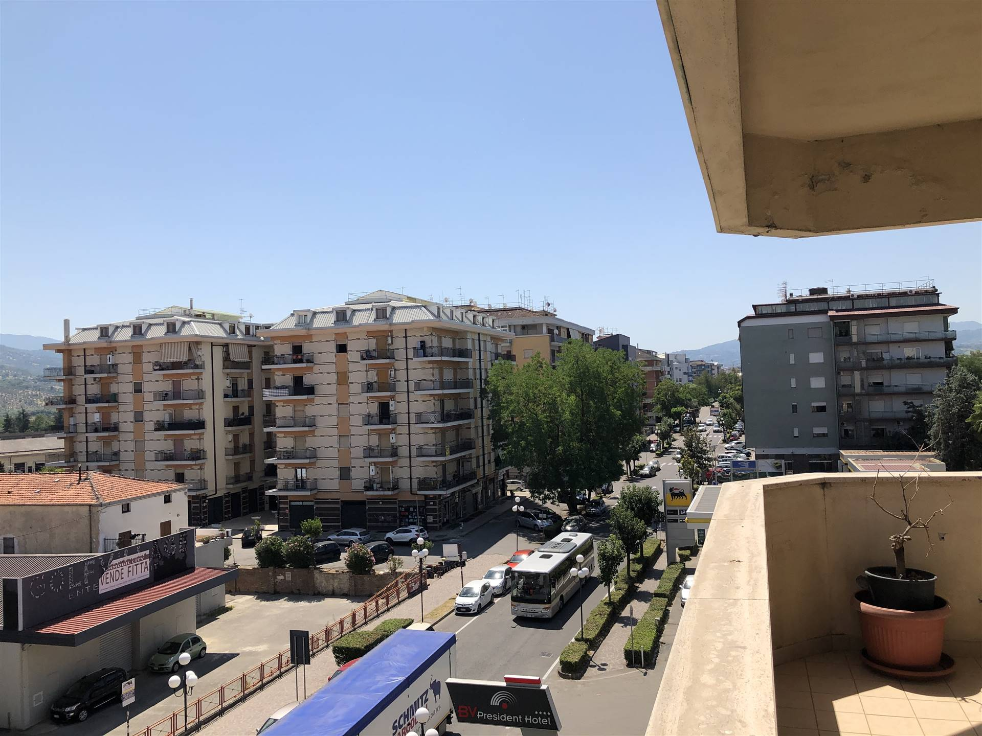 QUATTROMIGLIA, RENDE, Apartment for sale of 125 Sq. mt., Excellent Condition, Heating Individual heating system, Energetic class: E, placed at 4° on