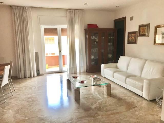 Appartamento in vendita a Castrolibero, 5 locali, zona Località: ANDREOTTA, prezzo € 190.000 | CambioCasa.it