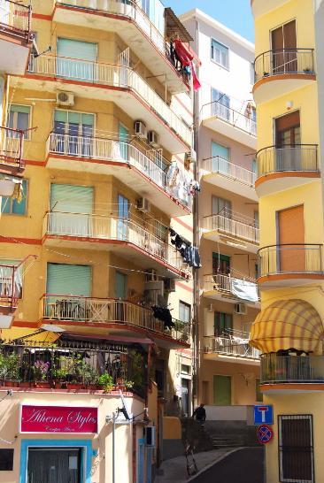 Trilocale in Via Interna S. Leonardo  7, Centro, Crotone