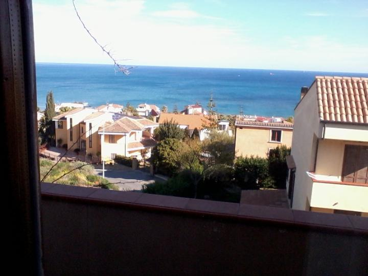 Villa, Lungomare, Crotone, in ottime condizioni
