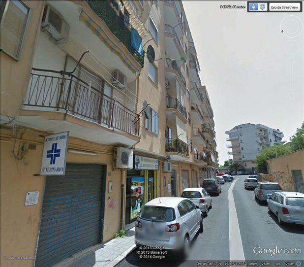 Quadrilocale, Crotone