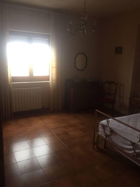 Quadrilocale in Via Giovanni Palatucci 14, Lungomare, Crotone