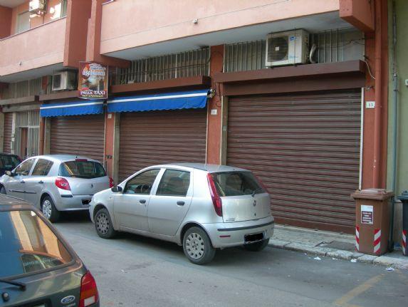 Locale commerciale in Via Fuortes, Latiano