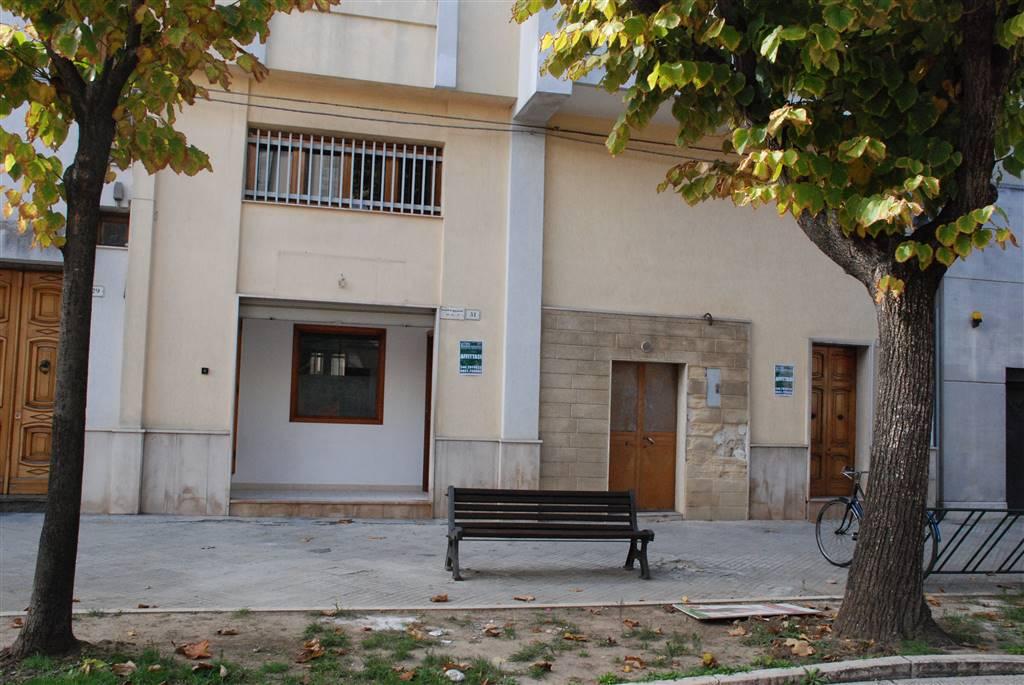 Locale commerciale in Via De Virgilis 27, Latiano