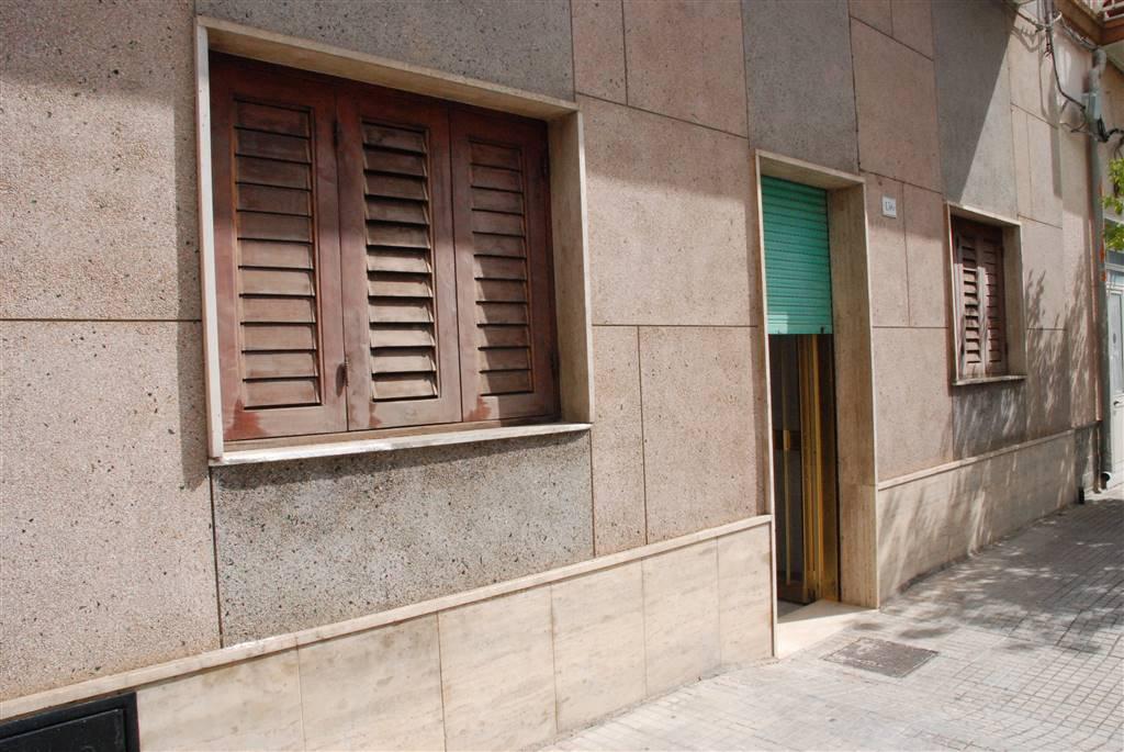 Locale commerciale in Via Francavilla 142, Latiano