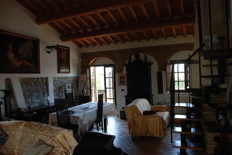 Villino, Collesalvetti, ristrutturato