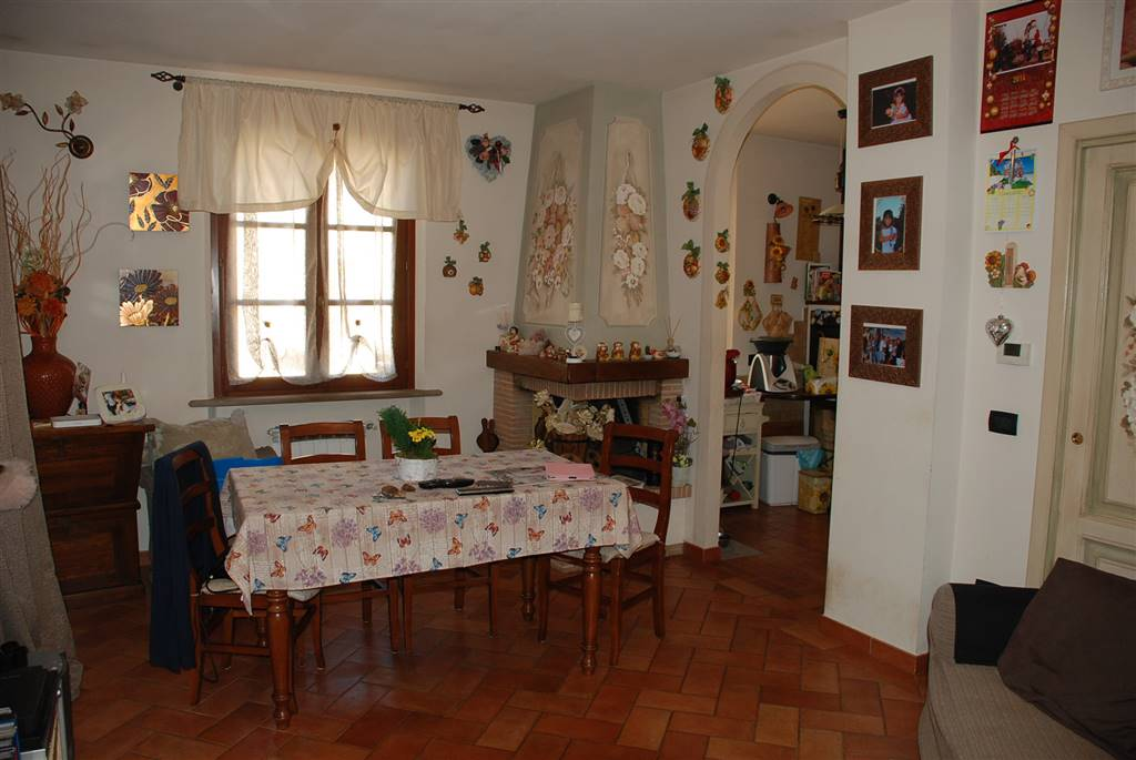 Villa a schiera, Fauglia, seminuova