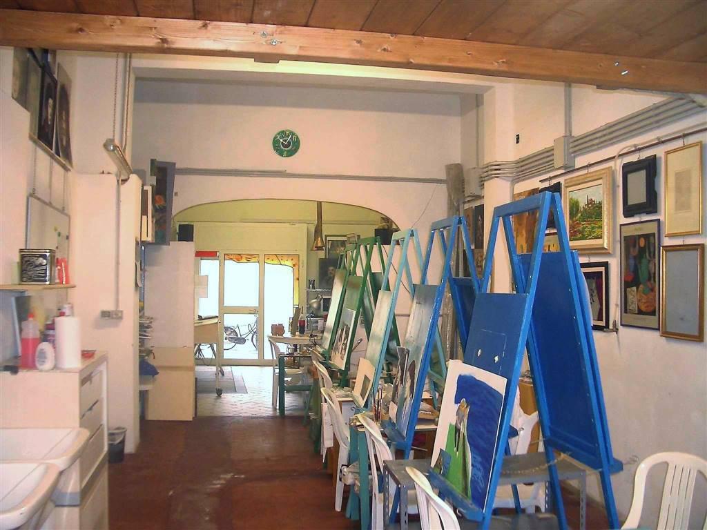 Locale commerciale, Pisa, ristrutturato