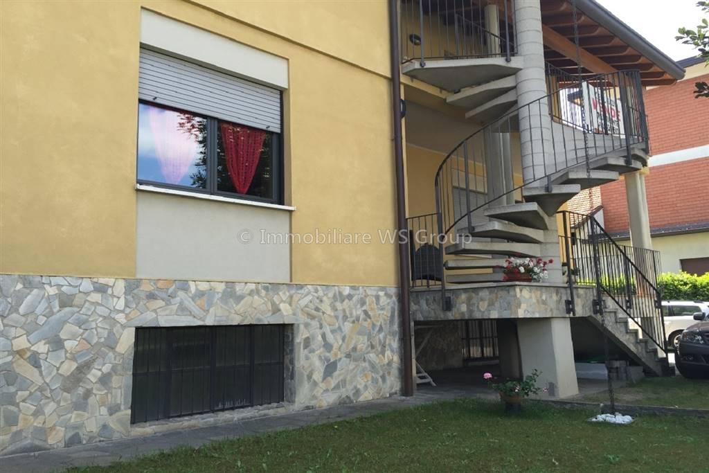 Trilocale in Via San Francesco 22, Mariano Comense