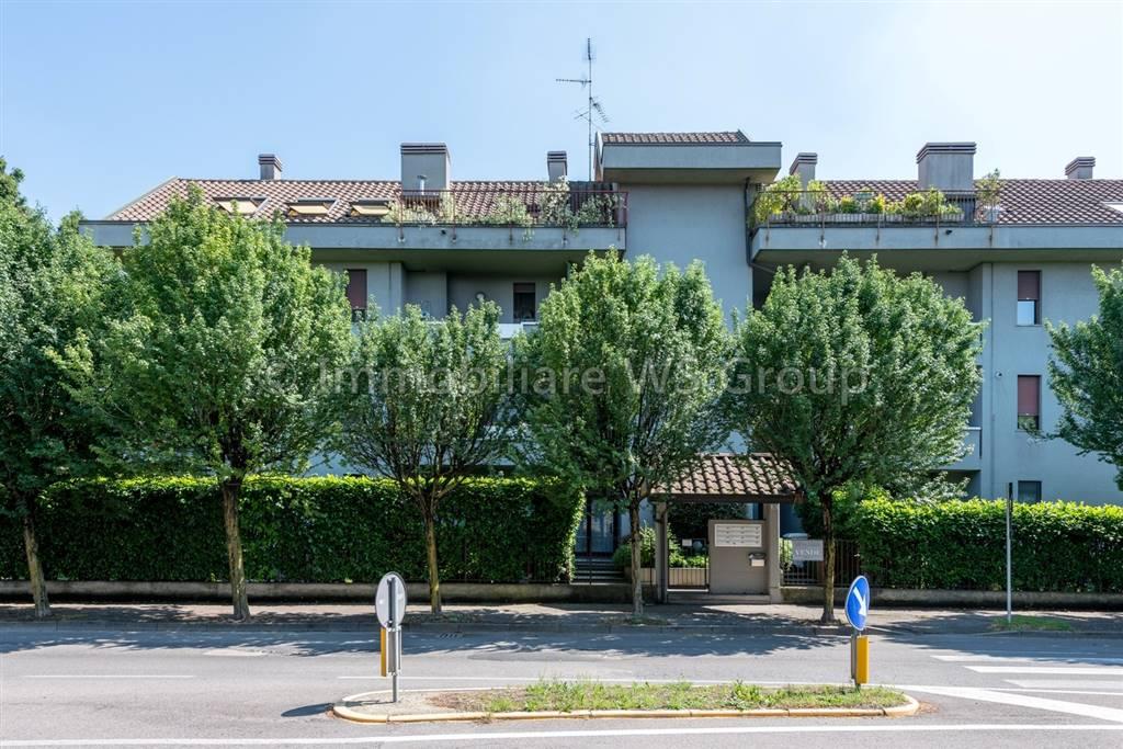 Trilocale in Via Catalani 32, Lissone