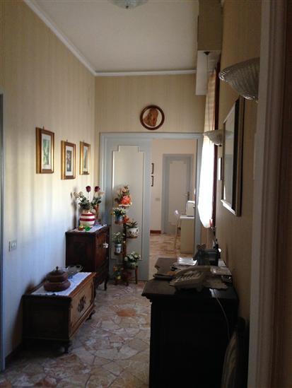 Appartamento in vendita a San Casciano in Val di Pesa, 5 locali, prezzo € 270.000   CambioCasa.it