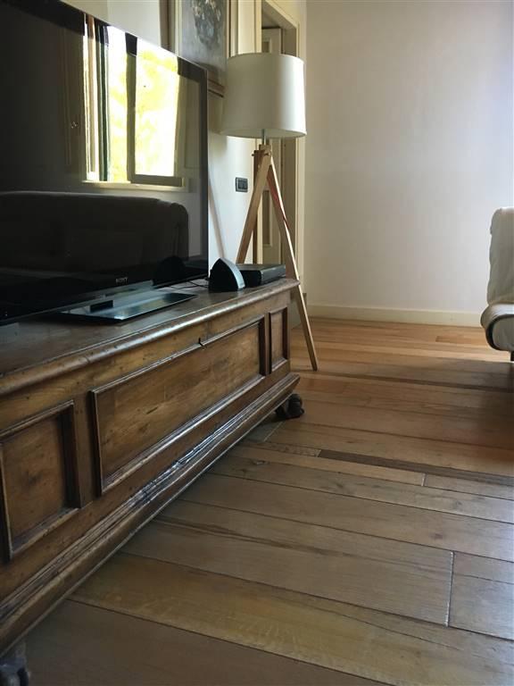 particolare pavimento quercia francese