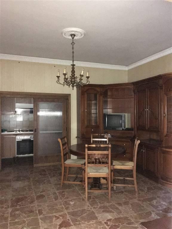 Appartamento in vendita a San Casciano in Val di Pesa, 4 locali, prezzo € 200.000   CambioCasa.it