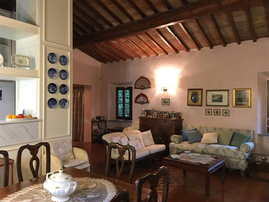 SAN VINCENZO A TORRI, SCANDICCI, Apartment for sale of 110 Sq. mt., Excellent Condition, Heating Individual heating system, Energetic class: G,