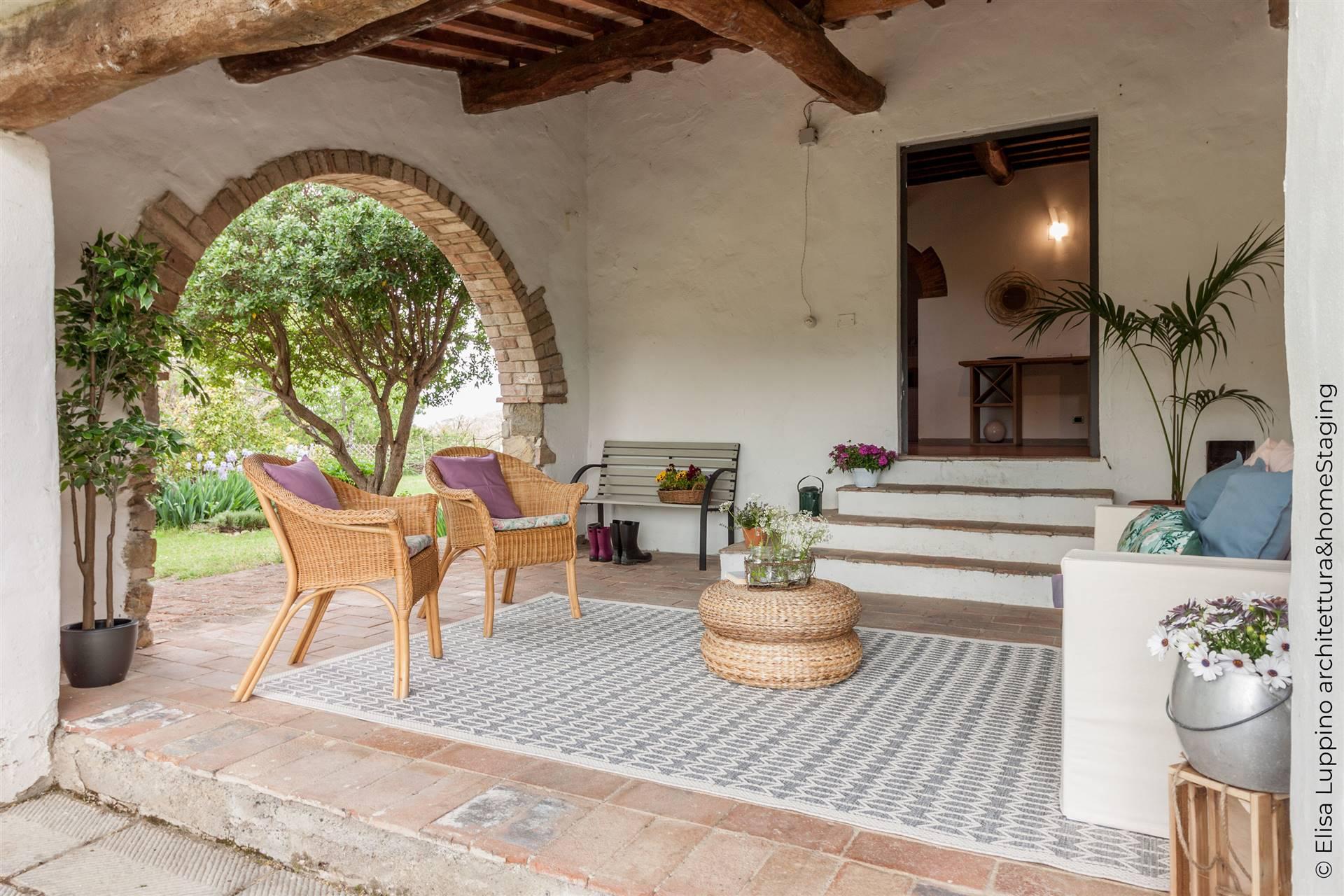 Soluzione Indipendente in vendita a San Casciano in Val di Pesa, 7 locali, prezzo € 550.000   CambioCasa.it