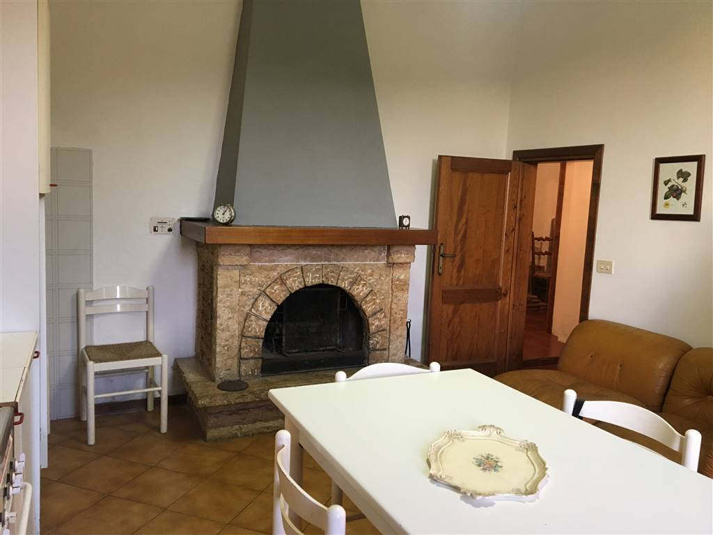 Soluzione Indipendente in vendita a Greve in Chianti, 6 locali, zona Zona: Lamole, prezzo € 120.000 | CambioCasa.it