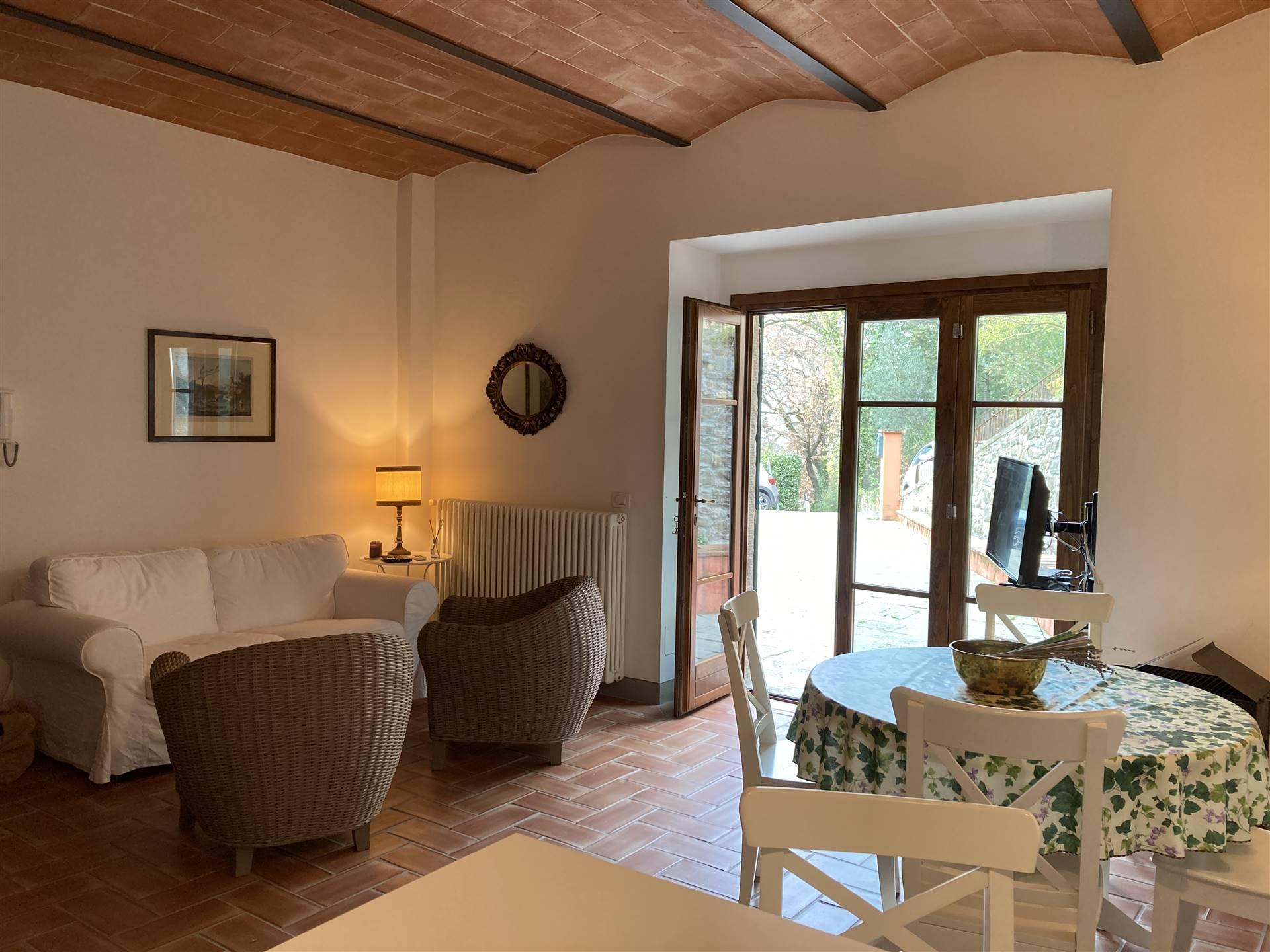 Soluzione Indipendente in affitto a San Casciano in Val di Pesa, 3 locali, zona Zona: Romola, prezzo € 900   CambioCasa.it
