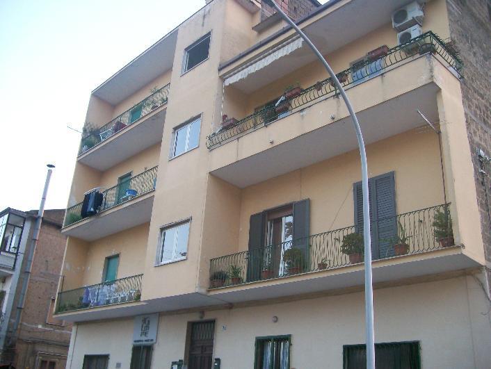 Trilocale in Via Recalone 22, Coccagna, Casagiove