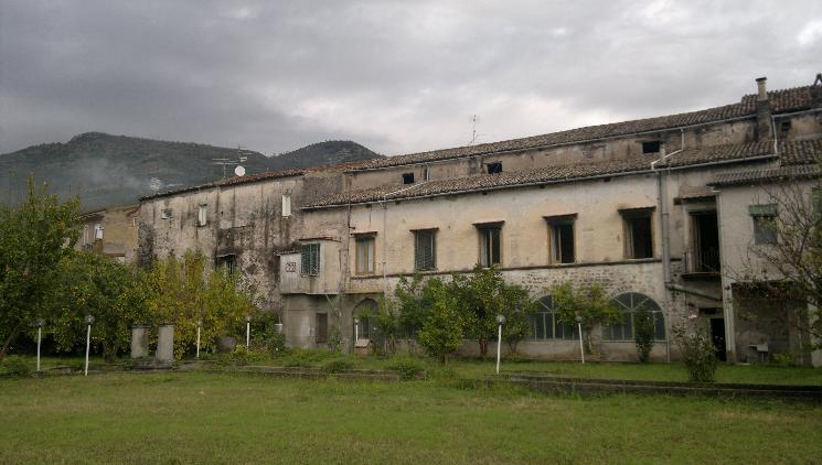 Palazzo in Via Roma, Medici, Formicola