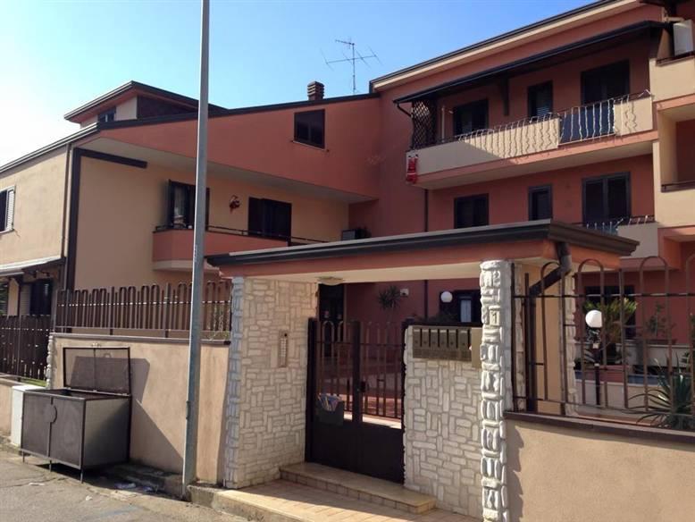 Bilocale in Via Pietro Mascagni, Bellona