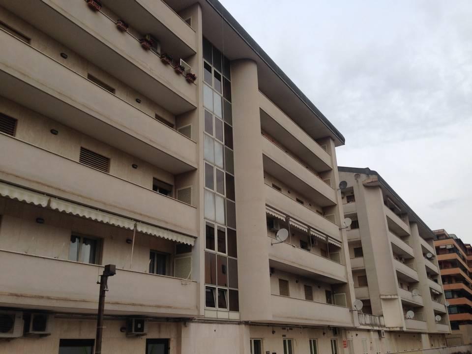 Box / Garage in vendita a Caserta, 1 locali, zona Zona: Centro, prezzo € 50.000 | CambioCasa.it