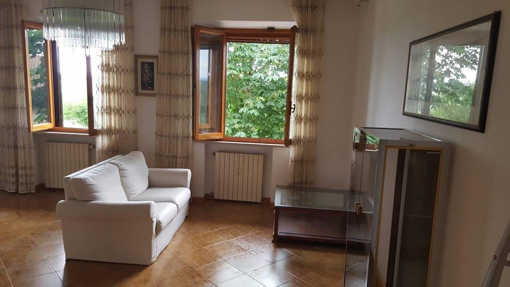 Appartamento in affitto a Castelnuovo Berardenga, 5 locali, zona Località: MONTEAPERTI, prezzo € 700   CambioCasa.it