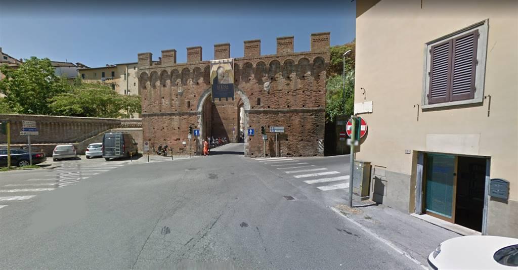 Appartamento in affitto a Siena, 2 locali, zona Località: RAVACCIANO / MAZZINI, prezzo € 650 | CambioCasa.it