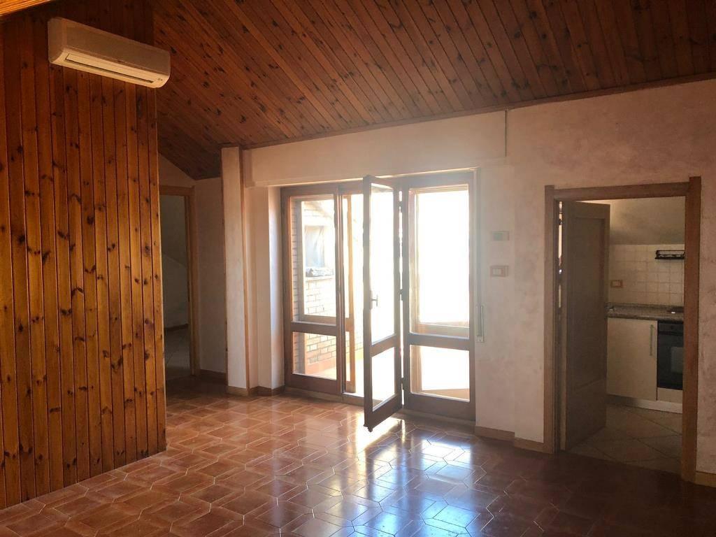 Appartamento in vendita a Siena, 4 locali, zona Località: CAPPUCCINI, prezzo € 170.000   PortaleAgenzieImmobiliari.it