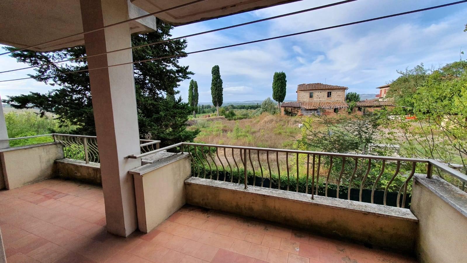 Appartamento in vendita a Castelnuovo Berardenga, 4 locali, zona Località: MONTEAPERTI, prezzo € 180.000 | PortaleAgenzieImmobiliari.it