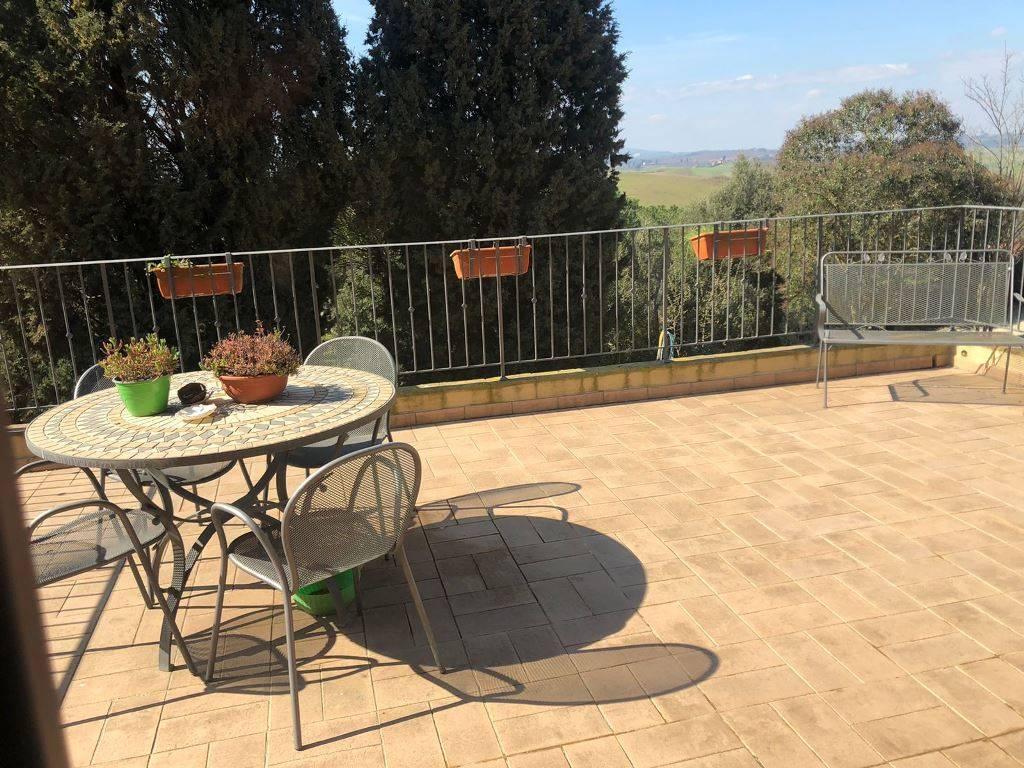 Appartamento in vendita a Castelnuovo Berardenga, 4 locali, zona Località: CASETTA, prezzo € 320.000 | PortaleAgenzieImmobiliari.it